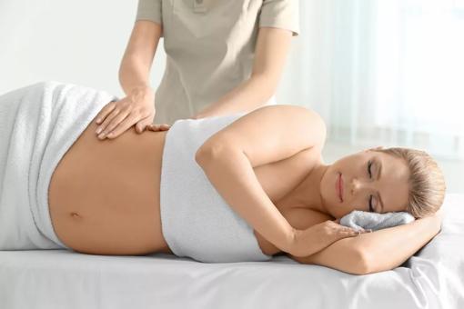 Массаж спины беременным: плюсы процедуры и ее противопоказания
